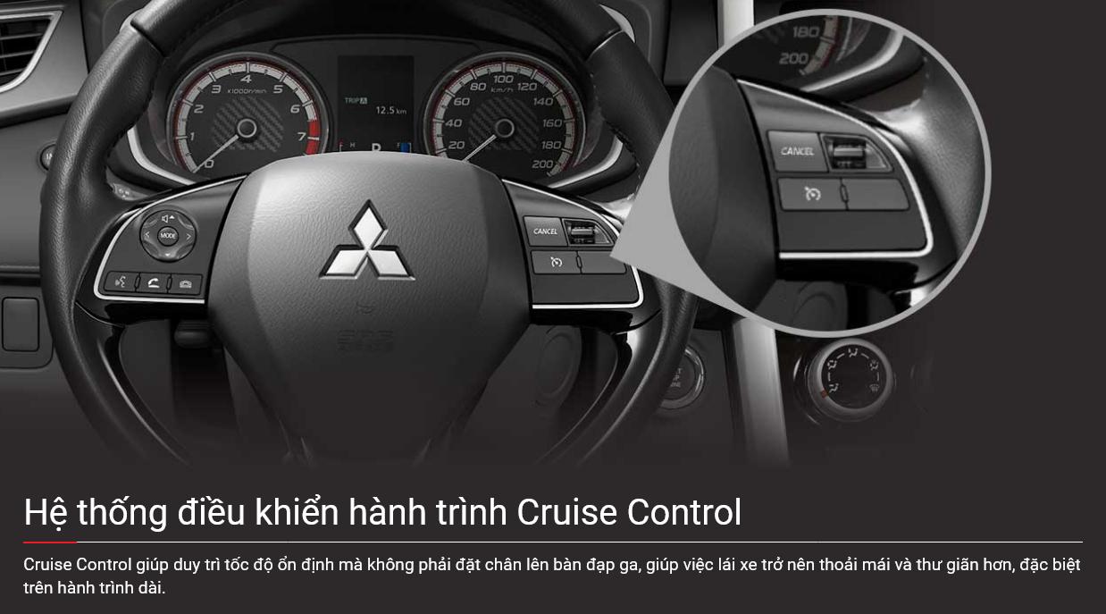 Vô lăng tích hợp nút điều khiển trên xe Xpander 2022
