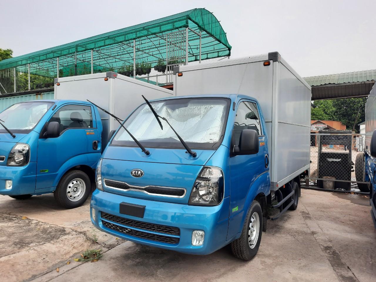 Xe tải KIA K250 thùng kín 2021
