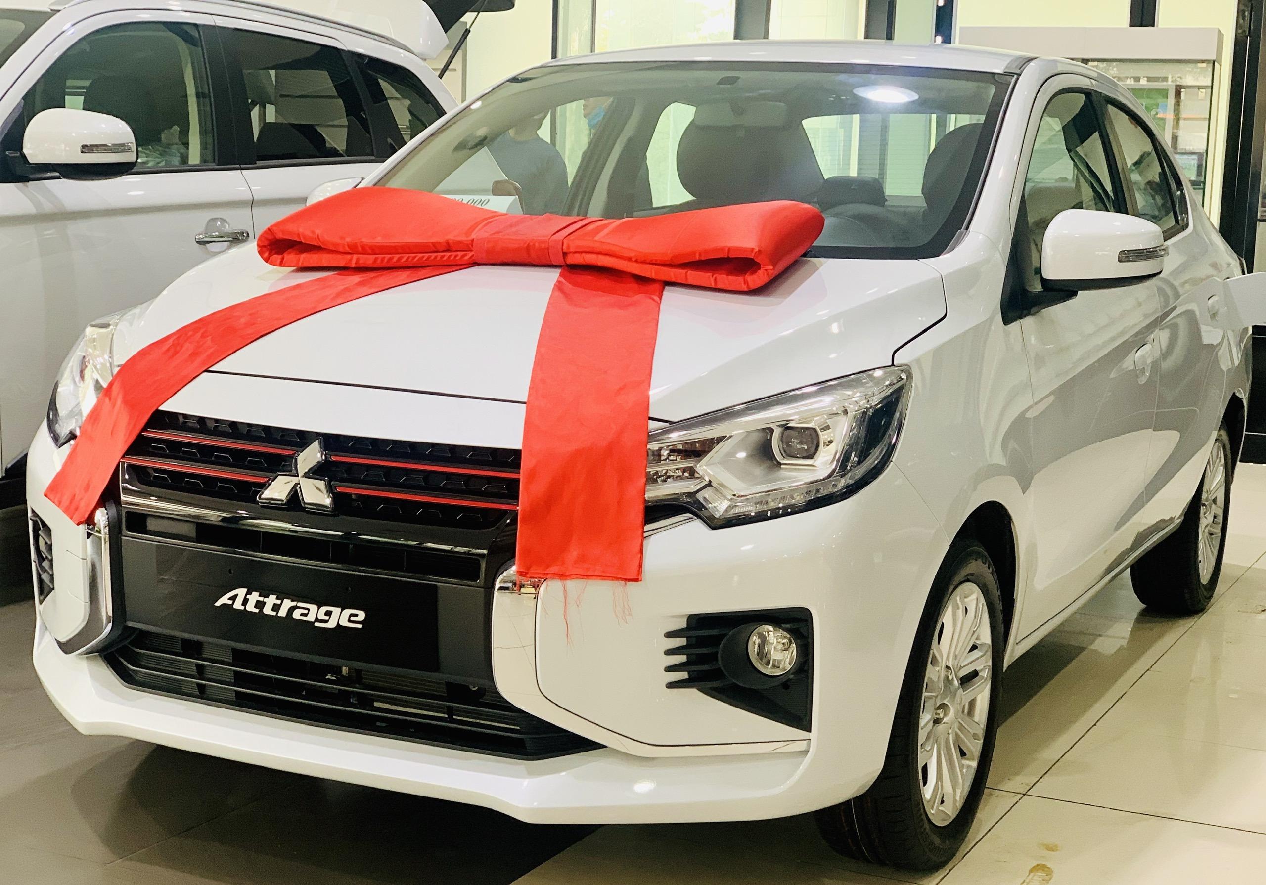 Xe Mitsubishi Attrage 2022