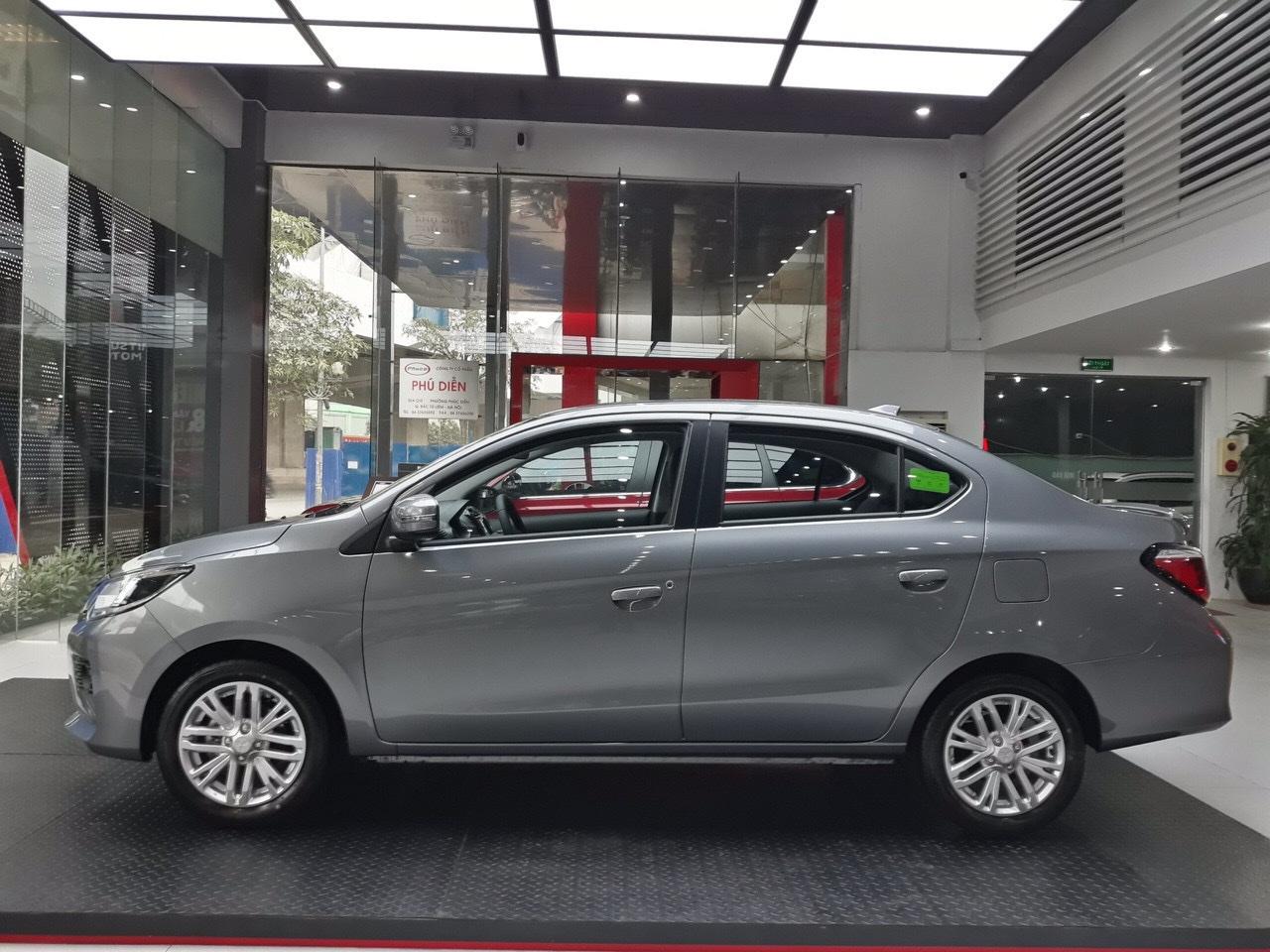 Mitsubishi Attrage 2022 số tự động xám titan