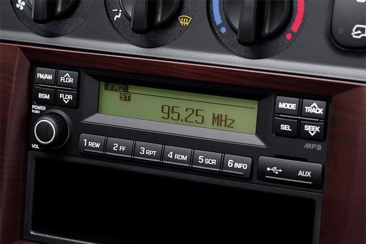 ai-radio-usb-hyundai-n250