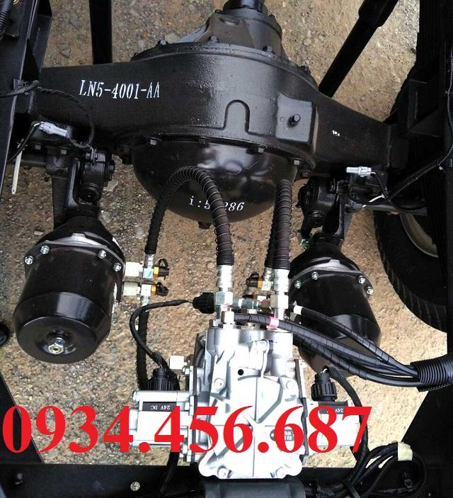 Hệ thống treo đô thành IZ650 SE thùng bạt