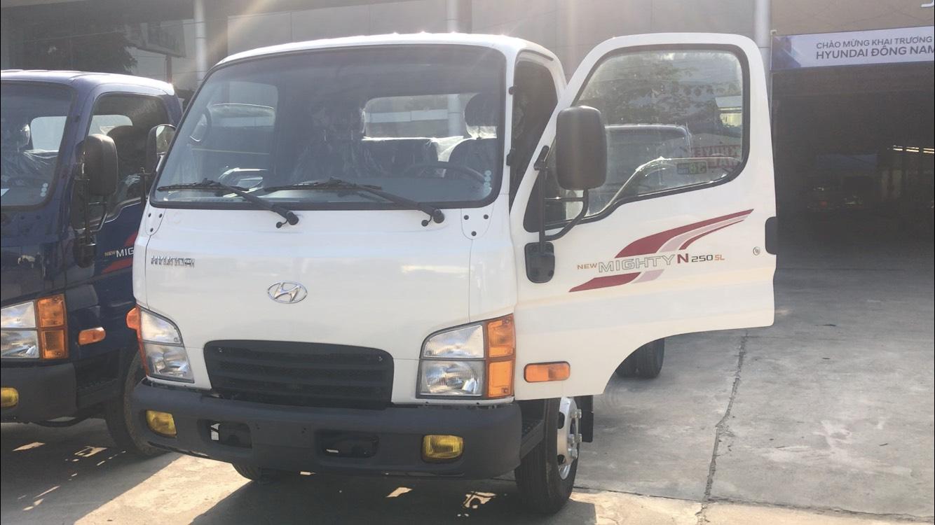 Xe tải Hyundai N250 SL thùng dài 4m3