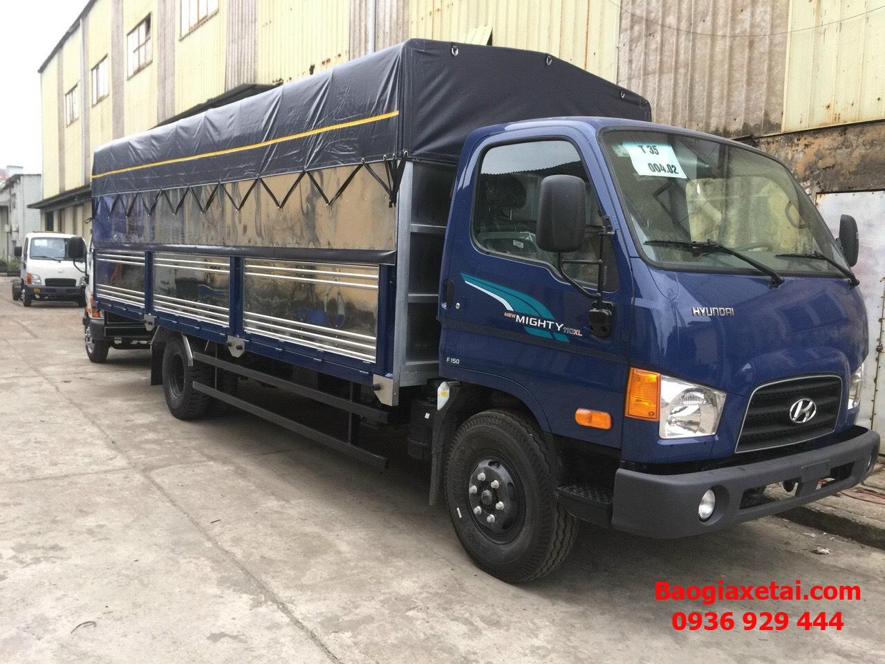 Xe tải Mighty 110XL thùng bạt xanh